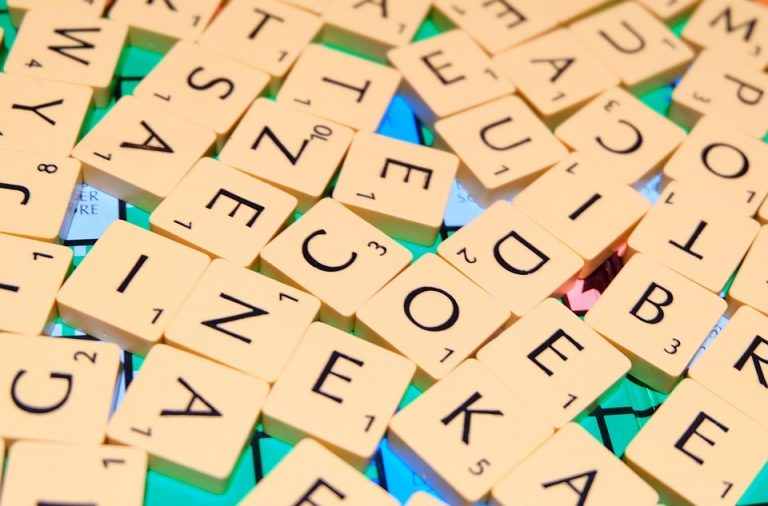 How to Know If Your Friend Is Using a Word Unscrambler to Beat You Repeatedly On Scrabble Go?